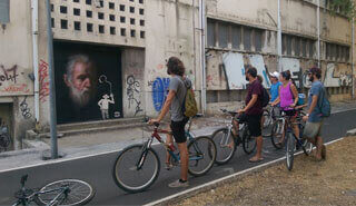 Oasis-Lisbon-Activities_0002_Street-Art-Bike-1