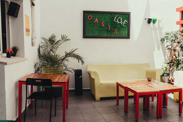 Oasis-Malaga-Posts-Facilities_0002_Lounge